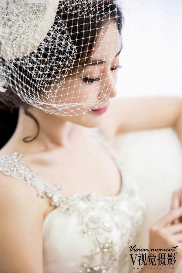 花朵帽子网纱造型新娘韩式婚纱照